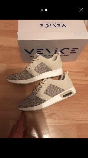 low priced 64067 b5ec8 Sneaker / Sportschuhe
