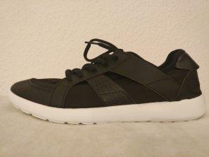 Sneaker Sportschuhe schwarz+weiß für Damen Gr. 38 NEU und ungetragen!