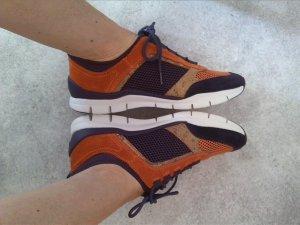 Sneaker Streetstyle lila orange weiß