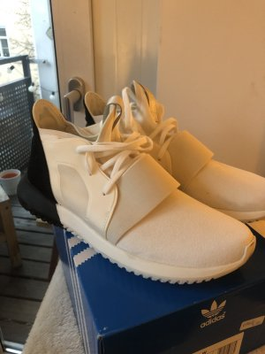 Sneaker Tubular Viral Adidas US8/FR40