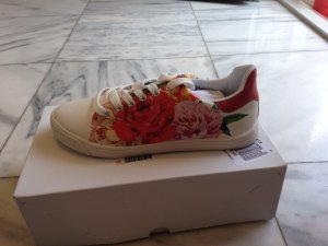 Arizona Lace-Up Sneaker white-red