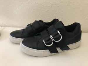 Sneaker Turnschuhe weiß schwarz 36 Slip in