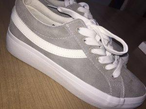 Sneaker (Vans)