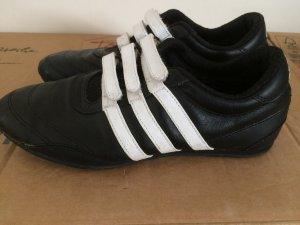 Sneaker von Adidas Größe 37