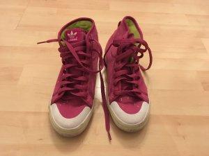 Sneaker von Adidas in Pink!