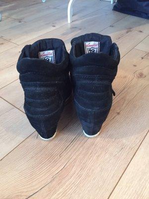 ASH Sneaker con tacco nero