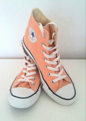 Sneaker von Converse in apricot