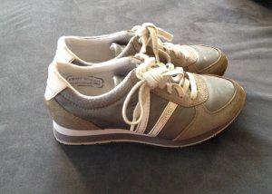 Sneaker von Esprit in grau Größe 36