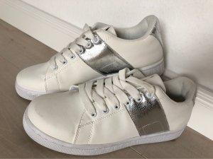 Fritzi aus preußen Lace-Up Sneaker white-silver-colored
