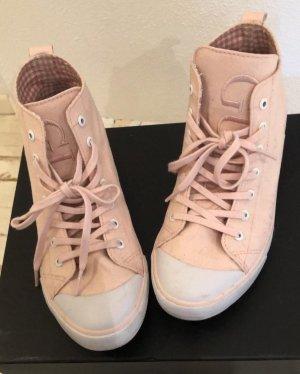 Sneaker von Guess