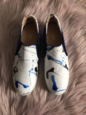 Sneaker von Lloyd