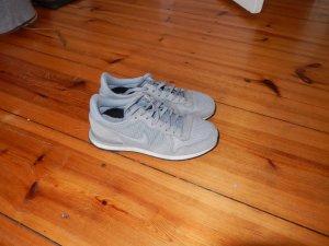 Sneaker von Nike, ca 3 Mal getragen