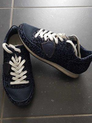 Sneaker von Philippe Model