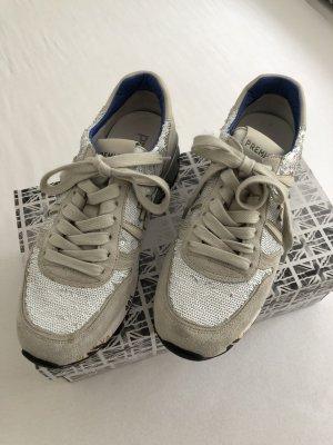 Sneaker von Premiata
