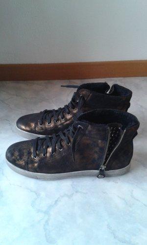 Sneaker von S.Oliver warm gefüttert