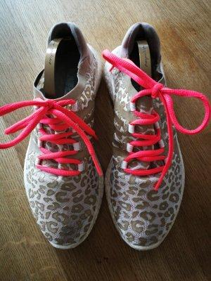 Sneaker von Stella McCartney für Adidas