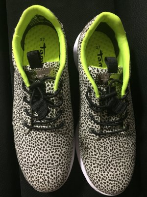 Sneaker von Tamaris activa