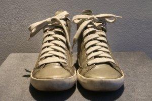 Sneaker von Tamaris Größe 37 in olivgrün