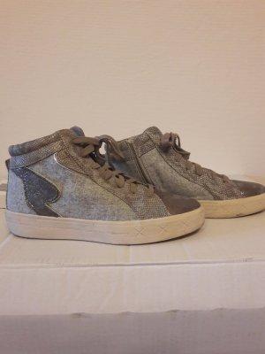 Sneaker von Tamaris in Metallicoptik