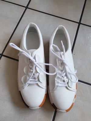 Sneaker/ Zara Schuhe/ weiße Schuhe/ Plateausohle hoch/ Turnschuhe