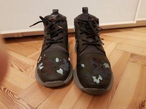 Camper Lace-Up Sneaker black-grey