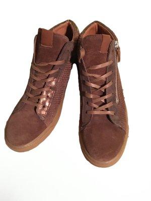 Sneakers 40/41 neu