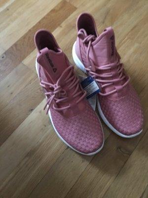 Sneakers .............