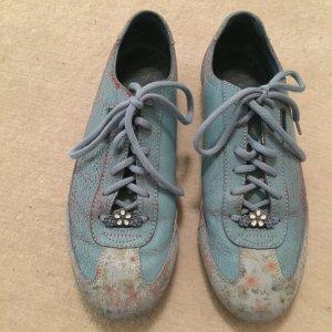 Sneakers der Marke Skechers