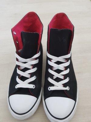 Sneakers hoch