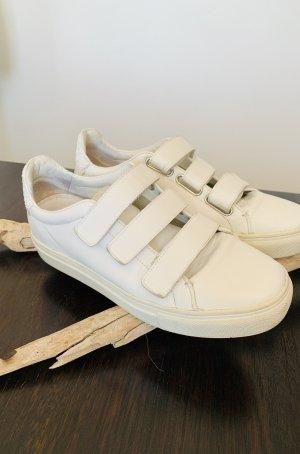 Sneakers Kennel und Schmerger