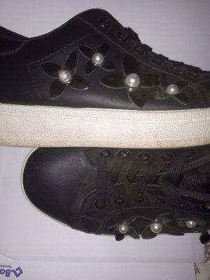 sneakers mit blumen