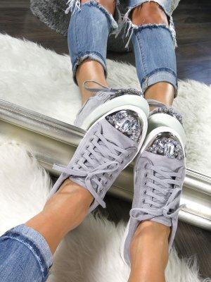 Sneakers met veters grijs-zilver