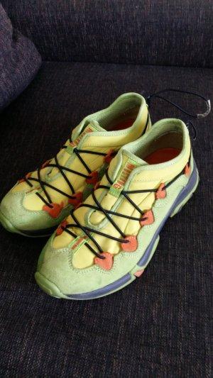 Sneakers Mustang neon 38