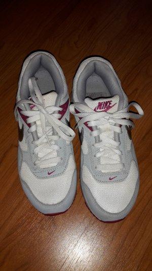 Sneakers Nike Air Gr. 38,5