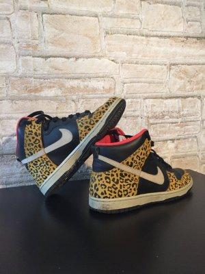 Sneakers Nike Leopardenmuster