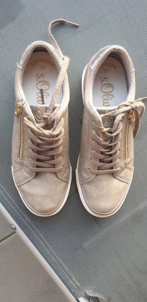 Sneakers sportlich schick