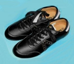 Sneakers Turnschuhe Schuhe Gr. 40 schwarz