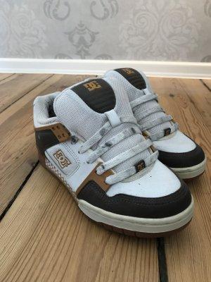 Sneakers von DC in Größe 38