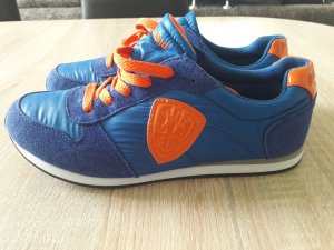 Sneakers von Graceland