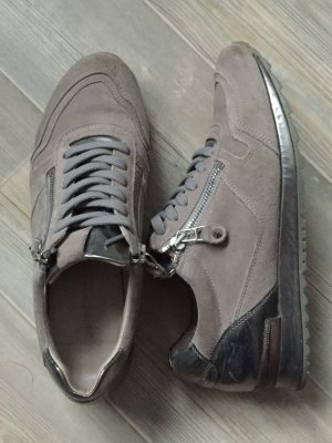 Sneakers von Kennel & Schmenger Größe 5