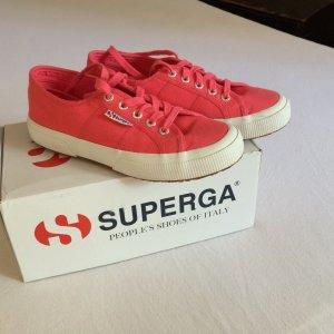Sneakers von Superga -das Frühjahr kommt-