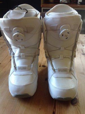 Bottes de neige blanc