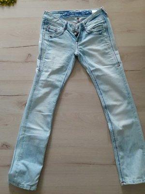 Soccx Jeans Weite 28/ Länge 32