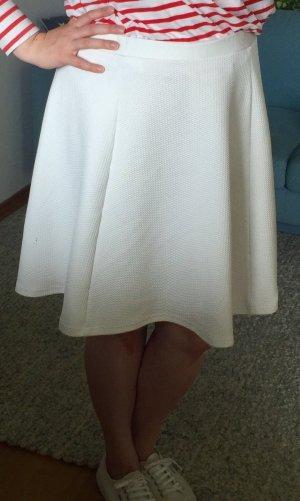 Softer weißer Tellerrock, mit Struktur, Gr.L