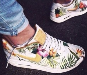 SolesExclusive Tropical Palmenmuster Nike Air Max