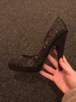 Solo soprani high heels