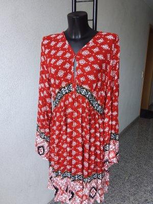 Somme-Tunika-Kleid Boohoo Look