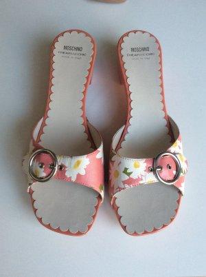 Sommer-Clogs von Moschino