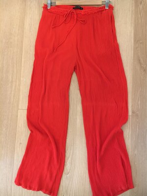 Sommer Hose von Zara in Crinkle Optik Feuerrot
