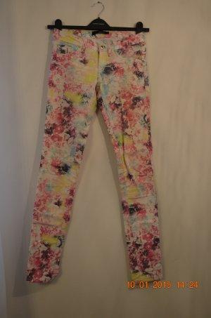 """Sommer Jeans mit floralem Muster """"REDUZIERT"""""""